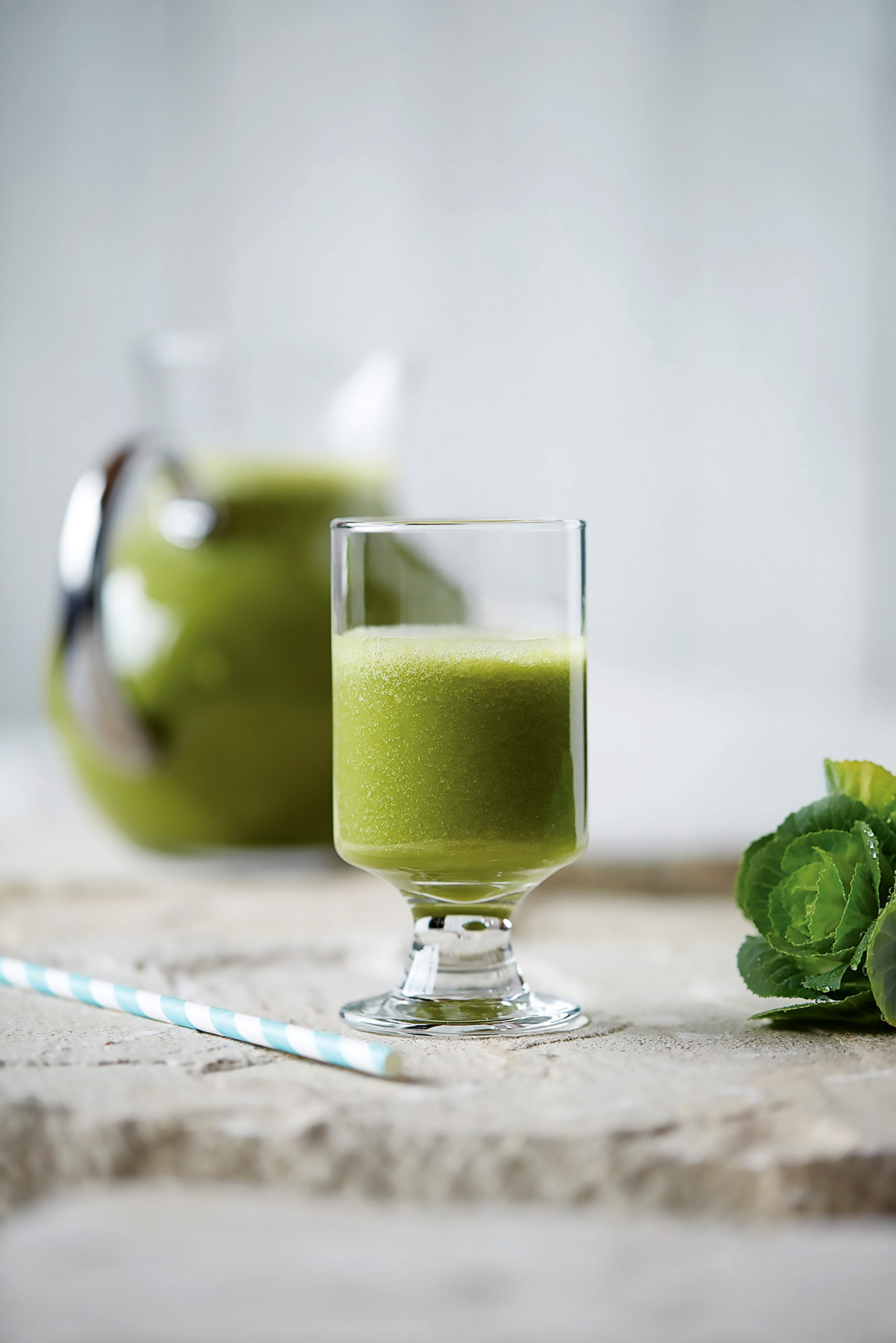 Lecker und gesund: Avocado-Zitrus-Smoothie mit Moringa