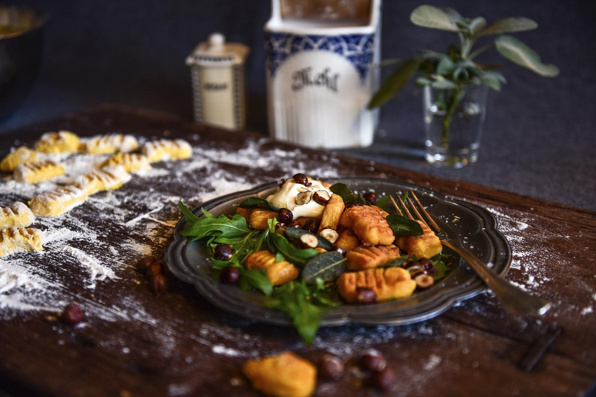 Sehen die Kürbisgnocchi in Salbei-Haselnuss-Butter nicht magisch lecker aus?