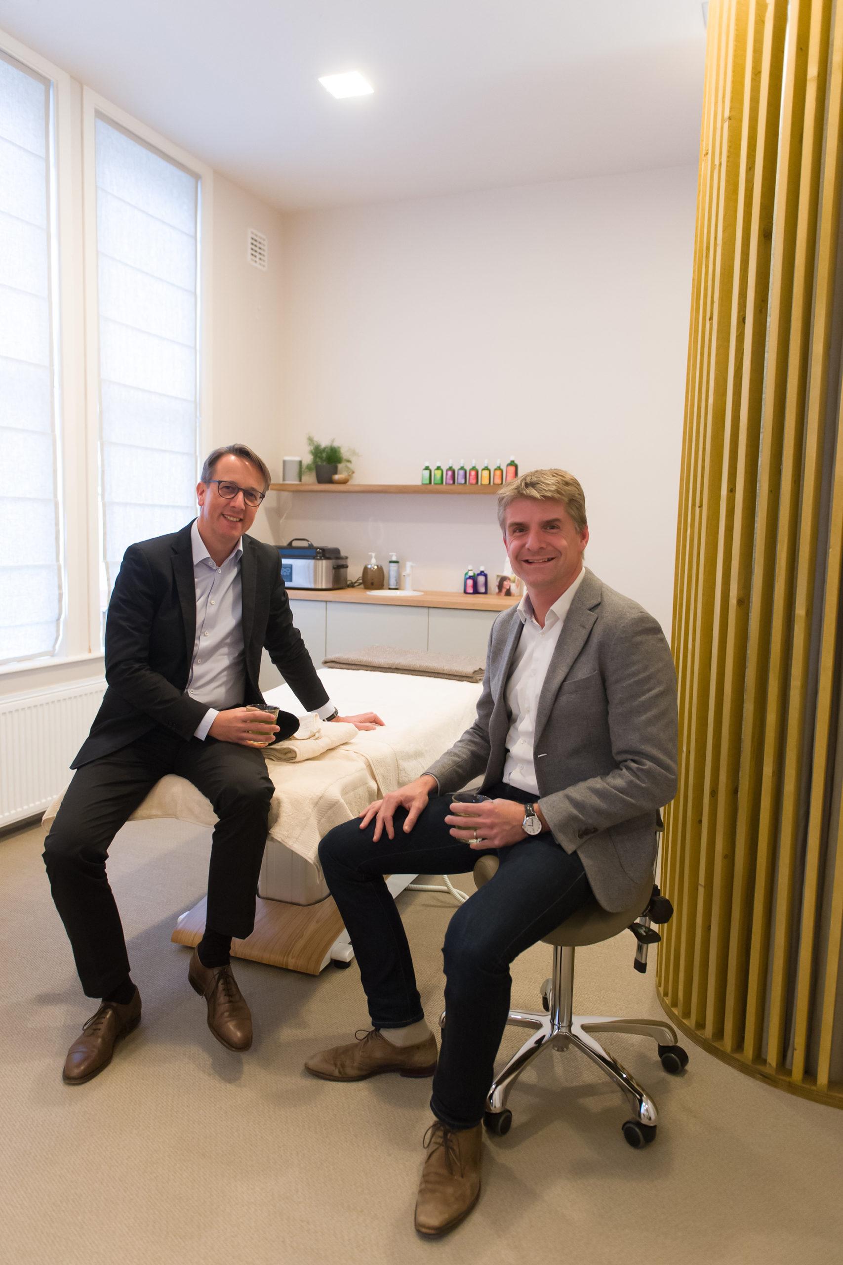 Haben gut lachen: Weleda CCO Andreas Sommer und Marc van Boven, Geschäftsführer von Weleda Benelux
