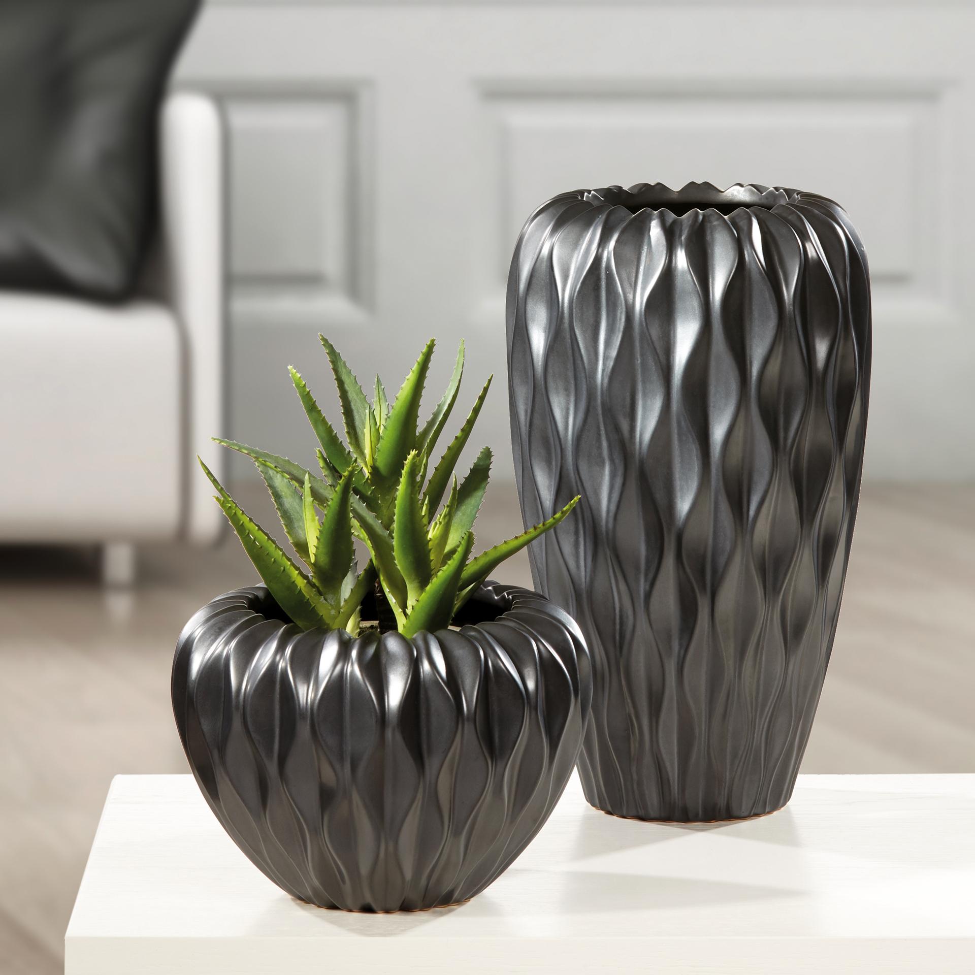 Baku - Vase und Kübel in Graphit