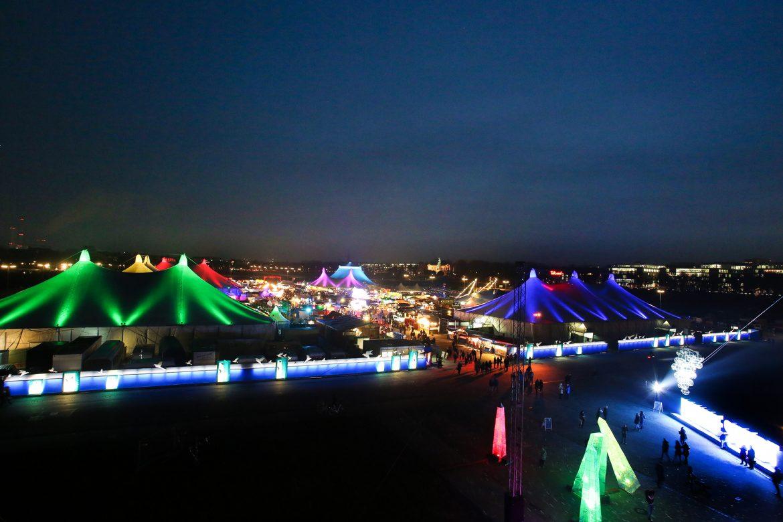 »Werte Menschen!« - Tollwood Winterfestival