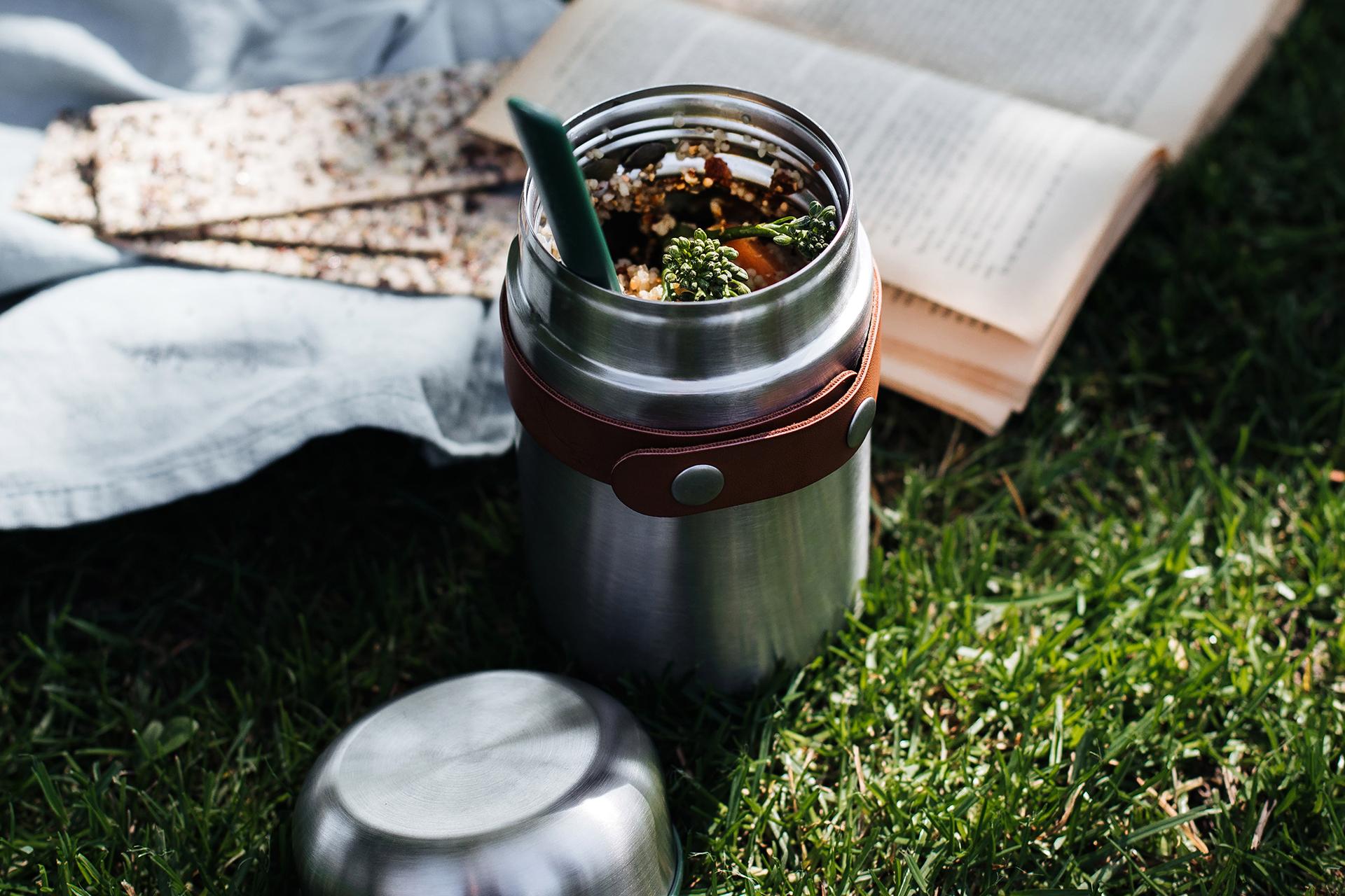 Mehrweg statt Einweg: Food Flask von black+blum