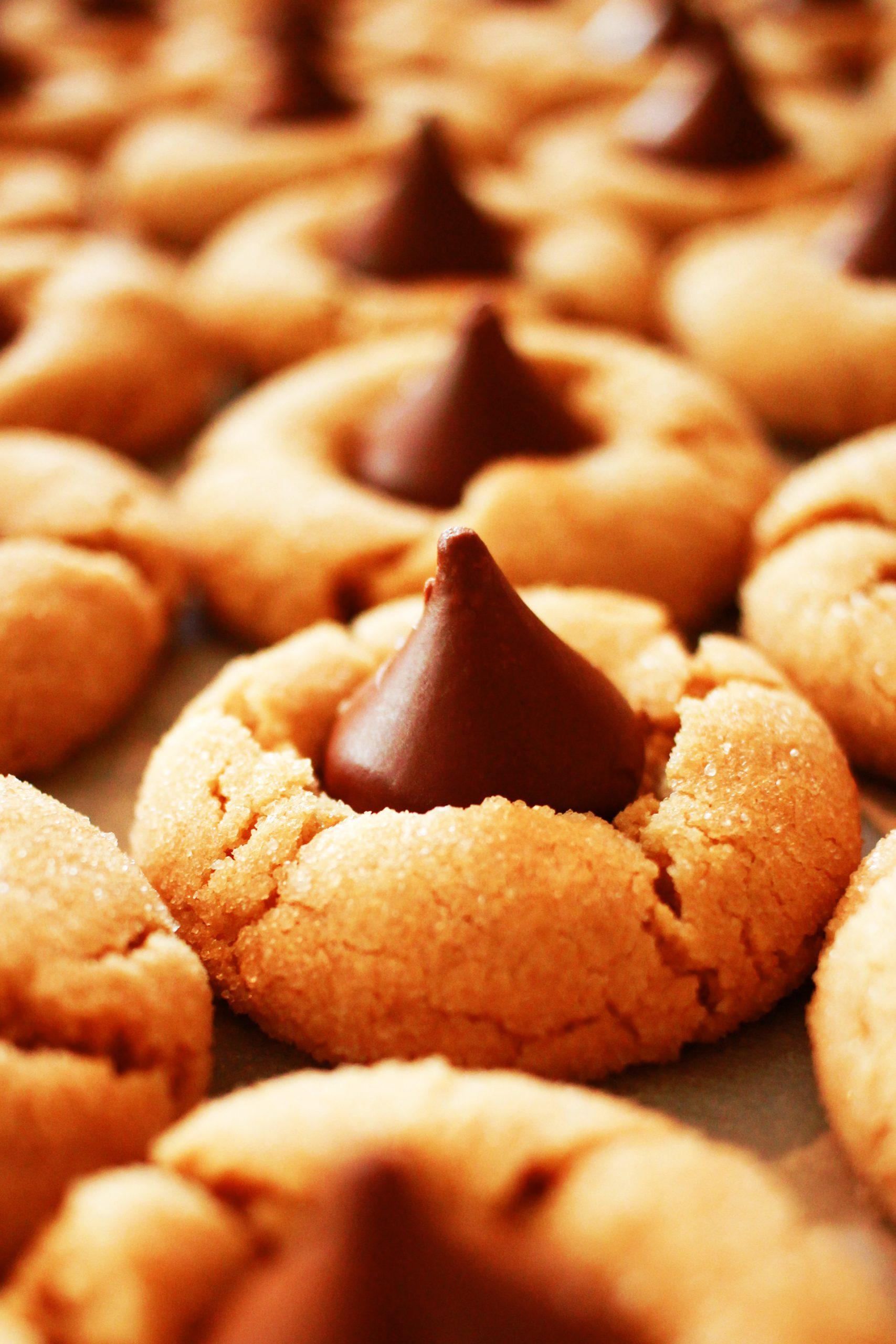 Unwiderstehlich: Erdnussbutterkekse mit Schokoladenhütchen