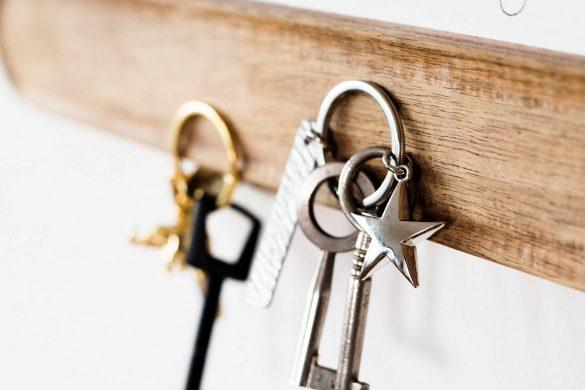 Hausordnung und Schlüsselanhänger