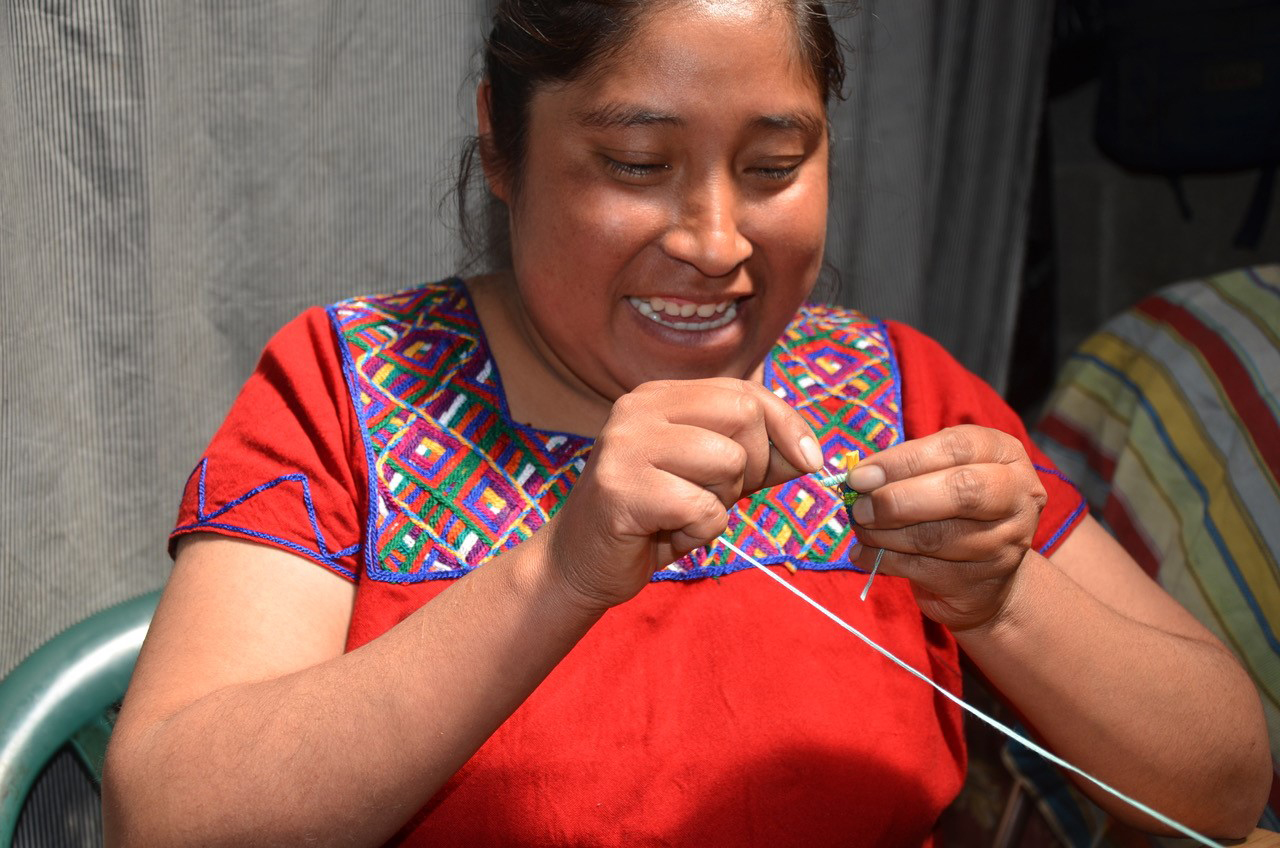 Guatemaltekische Sorgenpüppchen sorgen für ungestörte Nachtruhe