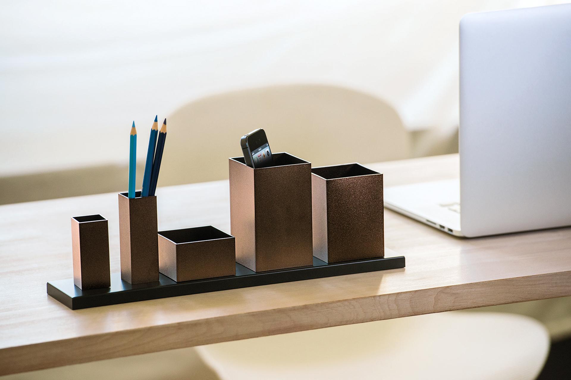 Schreibtischbutler mit Format